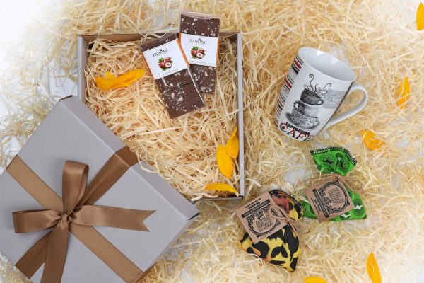 Chocolate-Coffee-Gift-Hamper-World