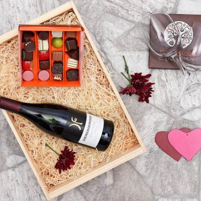 Chocoloza & Diemersfontein Wine Hamper | Hamper World