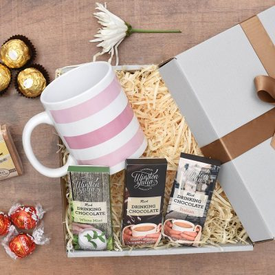Winston & Julia Hot Chocolate & Fudge Gift Hamper | Hamper World