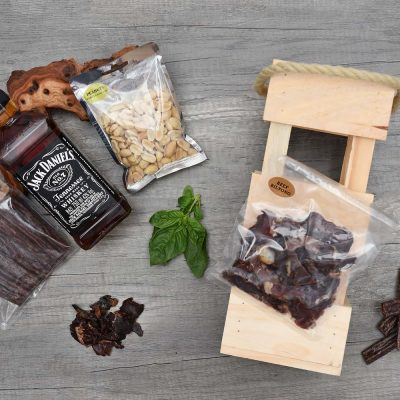 Snacks & Jack Daniel's Whisky Hamper | Hamper World