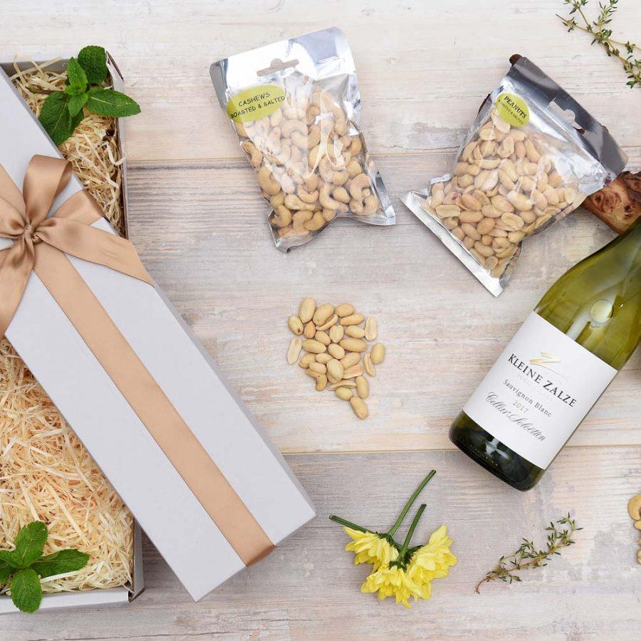 Kleine Zalze White Wine & Nut Hamper | Hamper World