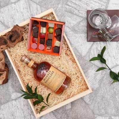 Chocoloza & Monkey Shoulder Whisky Hamper | Hamper World