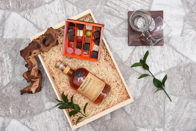 Chocoloza & Monkey Shoulder Whisky Hamper | Hamper World
