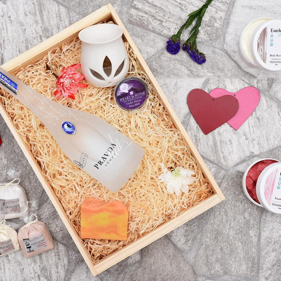 Pravda Vodka Gift Set & Pamper Hamper | Hamper World