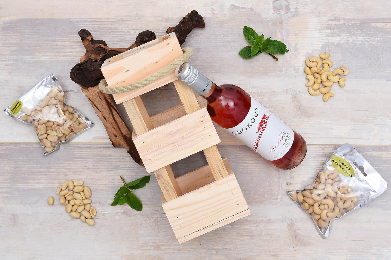 Leopards Leap Wine Gift & Cashews | Hamper World