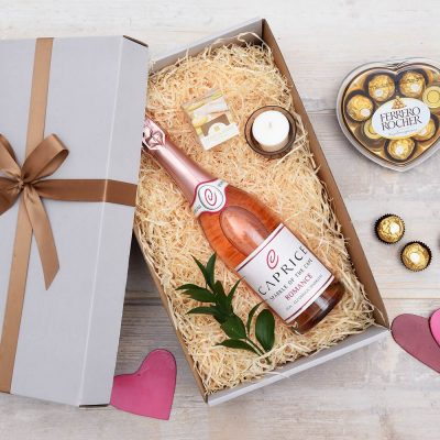 Non-Alcoholic Bubbly, Candle & Chocolates | Hamper World