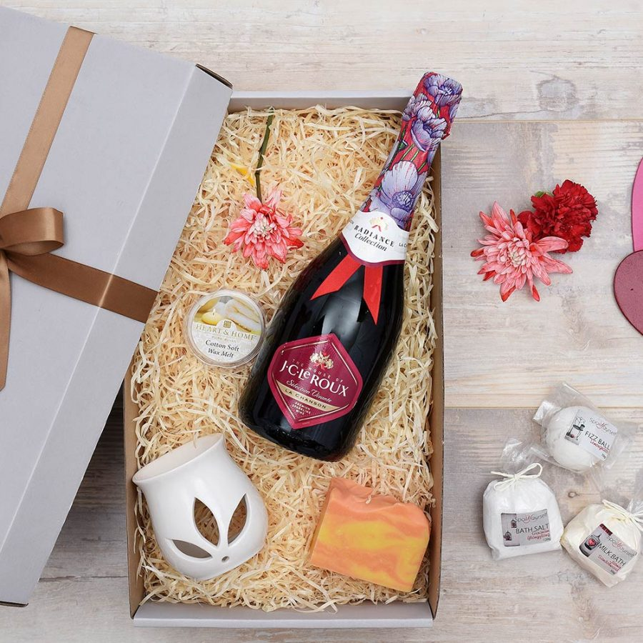 Unique Pamper Hamper For Her with J.C. Le Roux | Hamper World