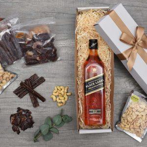 Johnnie Walker Black Whisky Gift Set | Hamper World