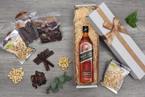 Johnnie Walker Black Whisky Gift Set | Hamper World