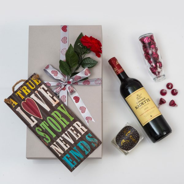 Romantic Gift With Wine, Candle & Chocolates | Hamper World