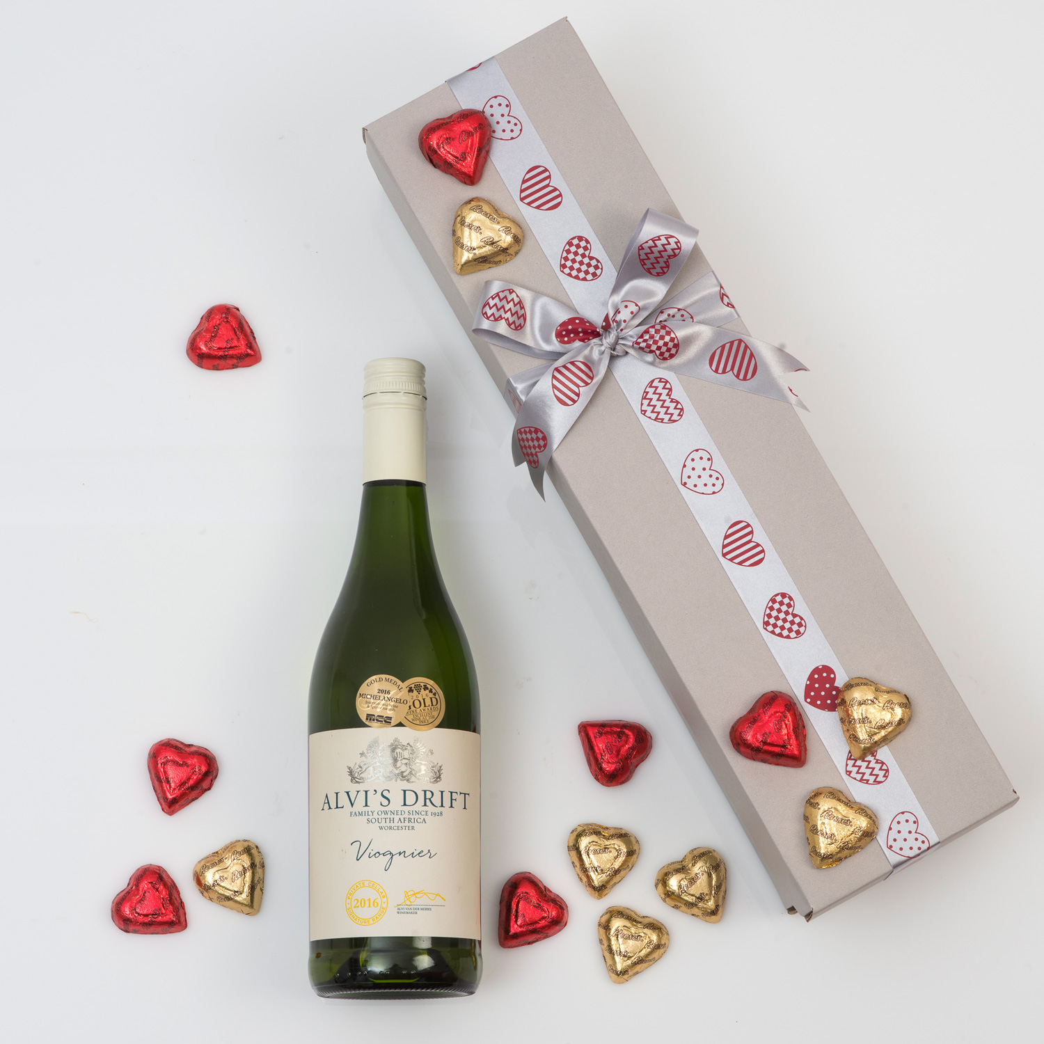White wine gift heart chocolates hamper world for Next day wine gifts