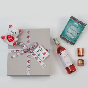 Valentine's Day Romantic Gifts & Wine   Hamper World