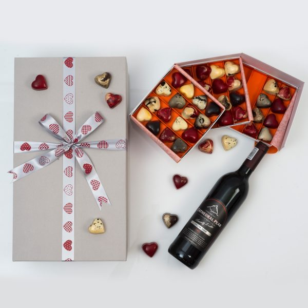 Boutique Red Wine & Chocoloza Chocolate Gift | Hamper World