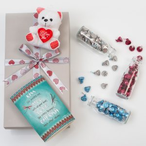 Romantic Gift Set - Lantern, Chocolates & Teddy | Hamper World