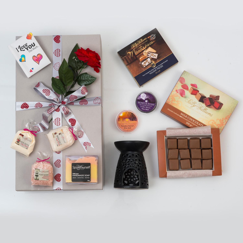 Romantic Pamper Hamper with Chocolates | Hamper World