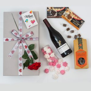 This Valentine's Day Red Wine & chocolates Gift Set is perfectly paired with a range of romantic gifts, delivered in a beautiful gift box.