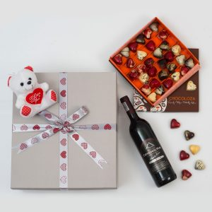 Boutique Wine Gift With Chocoloza Chocolates | Hamper World