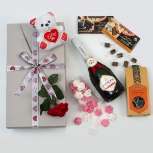 Romantic Gifts - Chocolates, Bubbly & Teddy | Hamper World