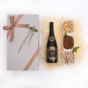 Mother-Day-Gift-Bubbly-Nuts-Hamper-World