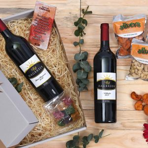 Wine-Gift-Chocolates-Hamper-World