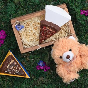 Mini-Crate-Chocolate-Teddy-Gift-Hamper-World