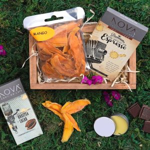 Nova Chocolate & Dried Mango Mini Crate | Hamper World