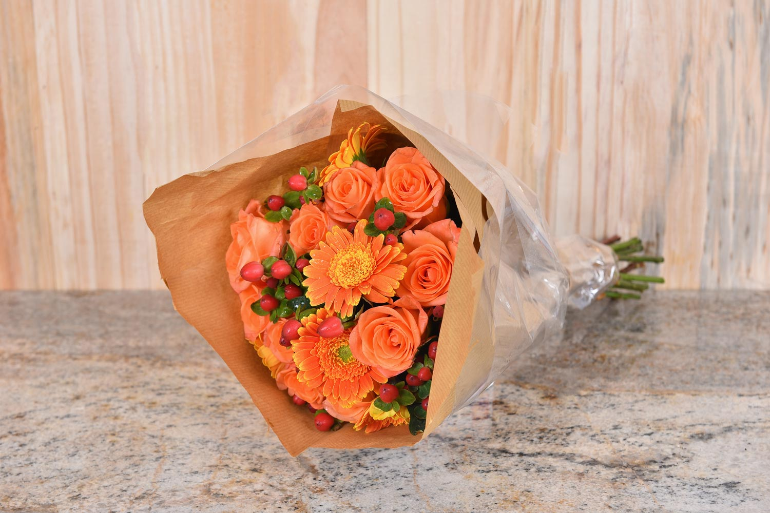 Bouquet Of Orange Roses & Flowers | Hamper World