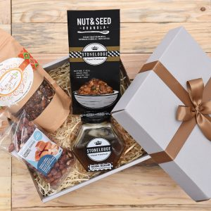 Granola-Tea-Breakfast-Gift-Hamper-World