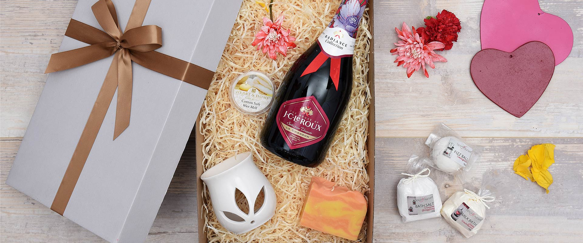 J.C. Le Roux Pamper Hamper For Her | Hamper World