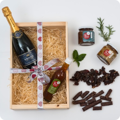 Pronto Mama Gourmet Food Hamper with Bubbly - Hamper World