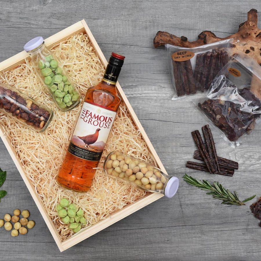 The Famous Grouse Whisky Gift Hamper & Snacks | Hamper World