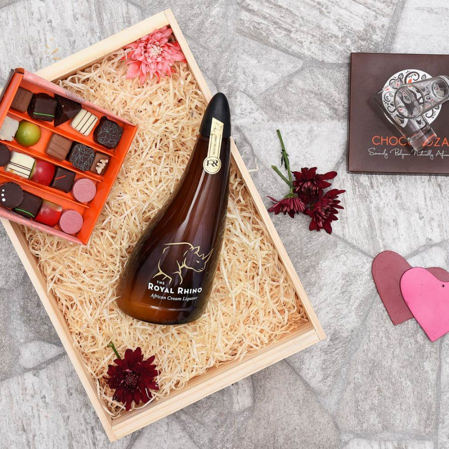 The Royal Rhino Liqueur & Chocoloza Chocolates | Hamper World
