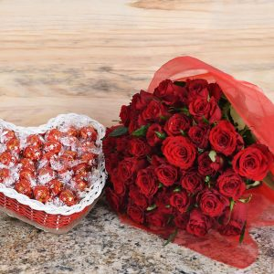 Exclusive Red Roses & Lindt Chocolates | Hamper World Florist