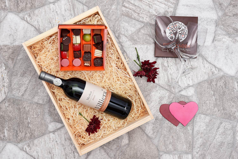 Chocoloza & Villiera Merlot Wine Hamper | Hamper World