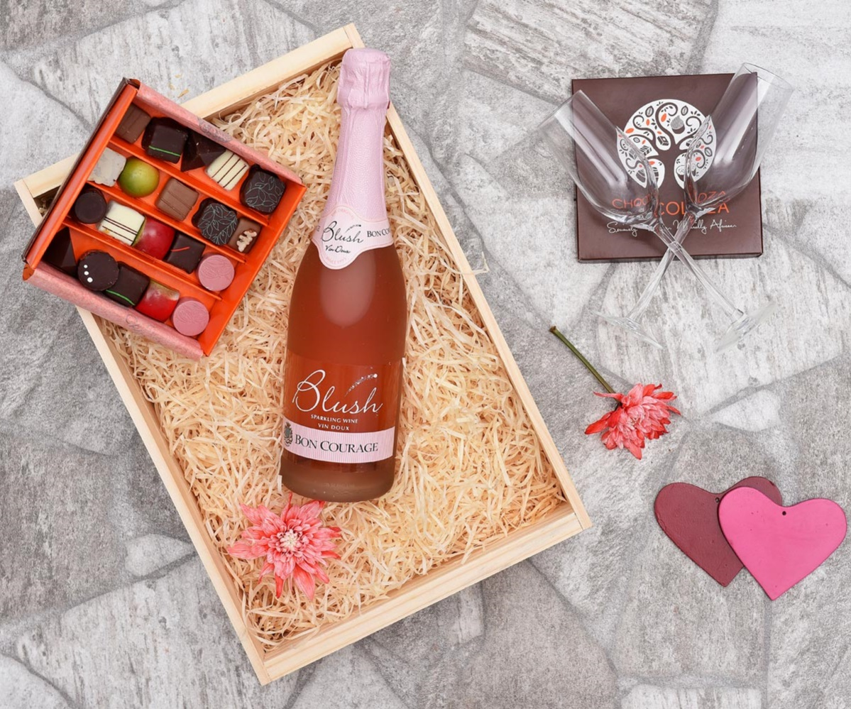 Chocoloza Chocolates & Bon Courage Blush Gift | Hamper World