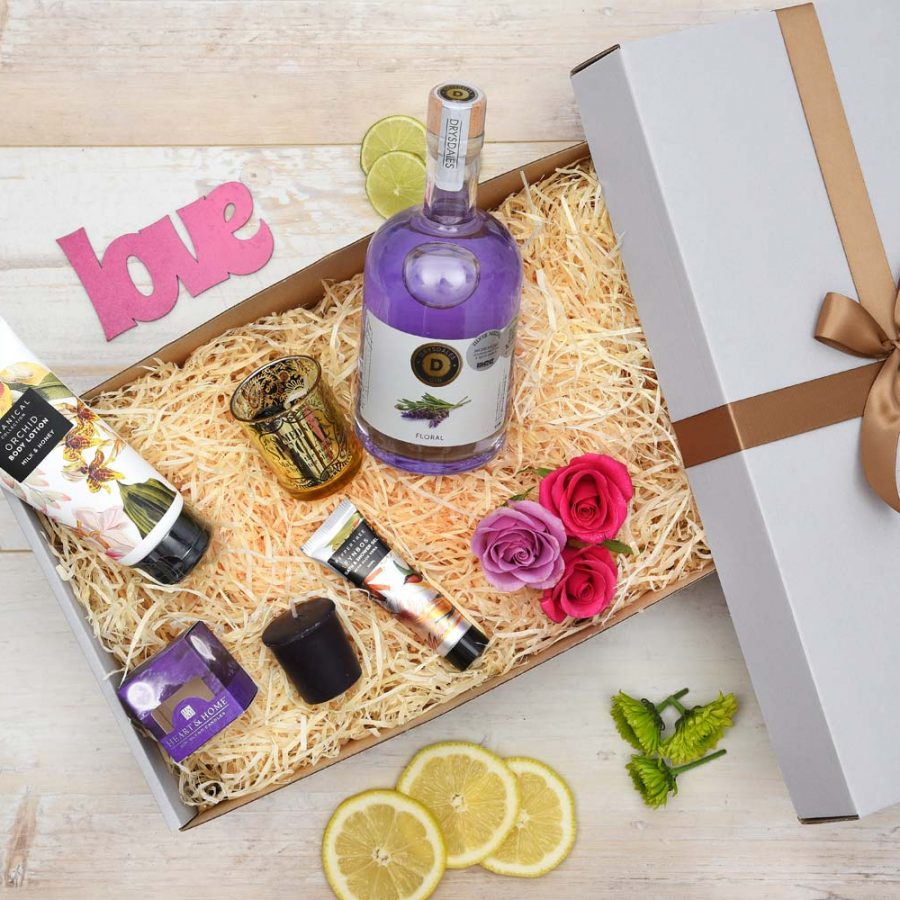 Gin & Botanical Collection Pamper Hamper | Hamper World