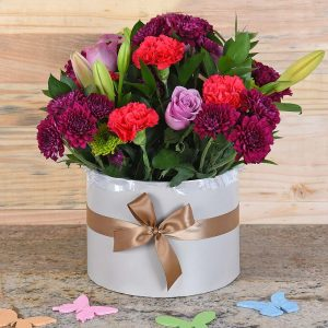 Mixed Flowers in Large Hat Box | Hamper World Florist