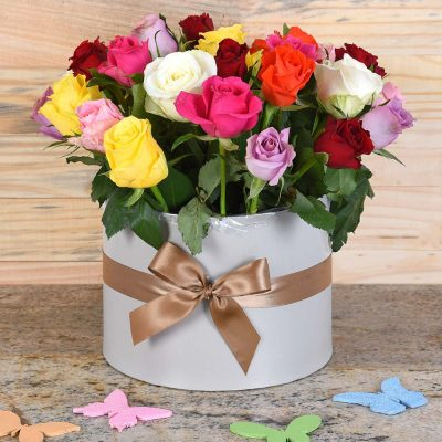 Mixed Roses in Large Hat Box   Hamper World Florist