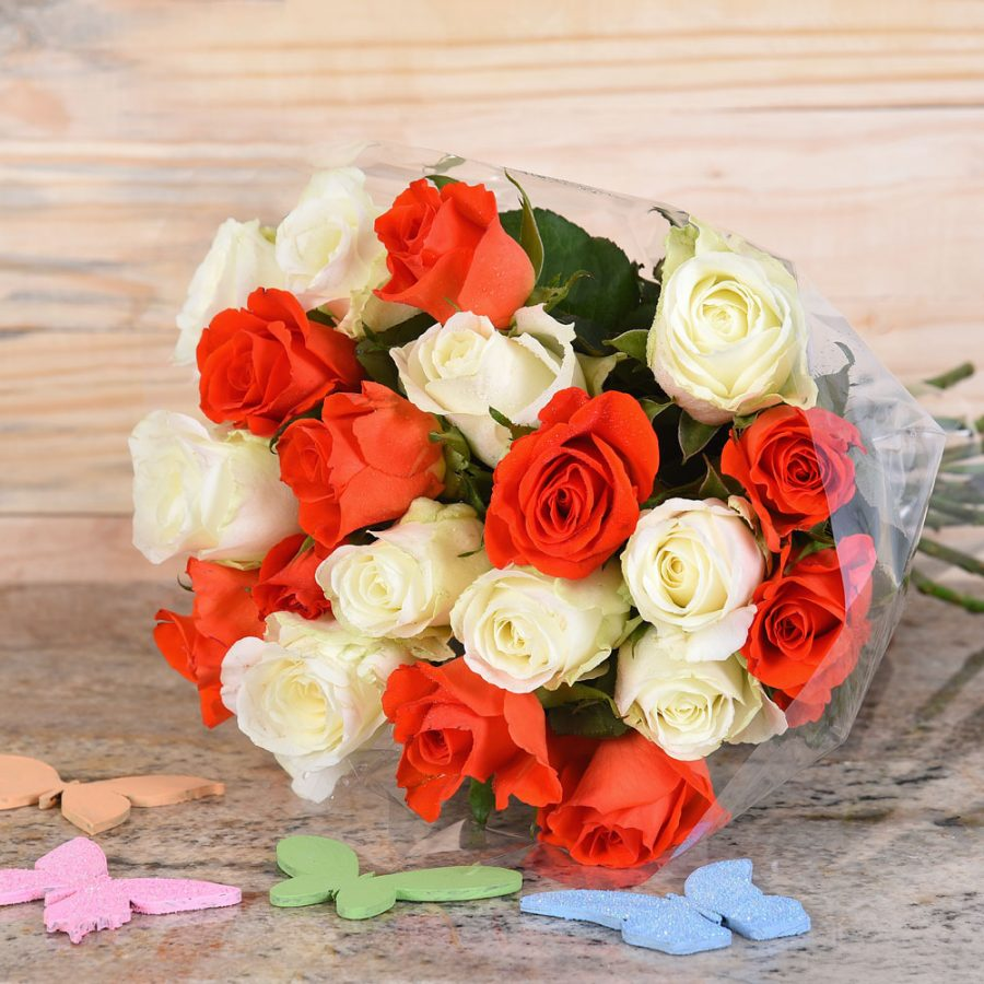 Bouquet Of Orange & White Roses | Hamper World Florist