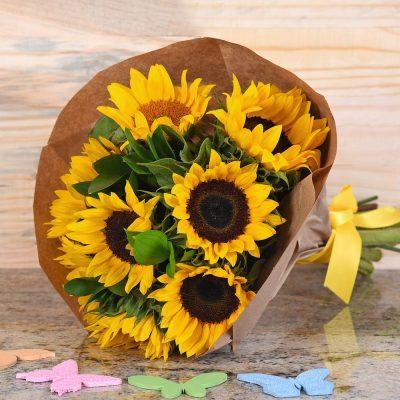 Stunning Bouquet Of Sunflowers   Hamper World Florist