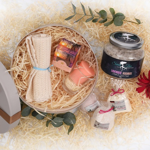 Unique Mother's Day Gifts Pamper Gift Bath Body Products Hamper World