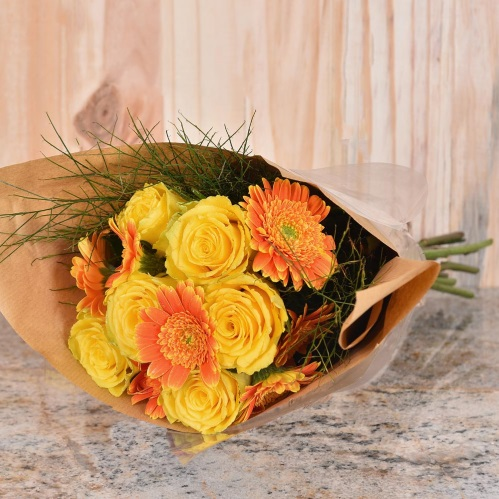 Unique Mother's Day Gifts Yellow Roses Gift Hamper World