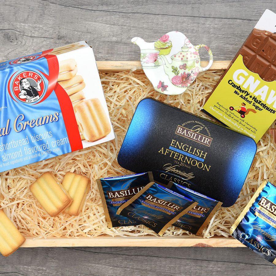 Basilur Tea & Bakers Royal Creams Gift | Hamper World