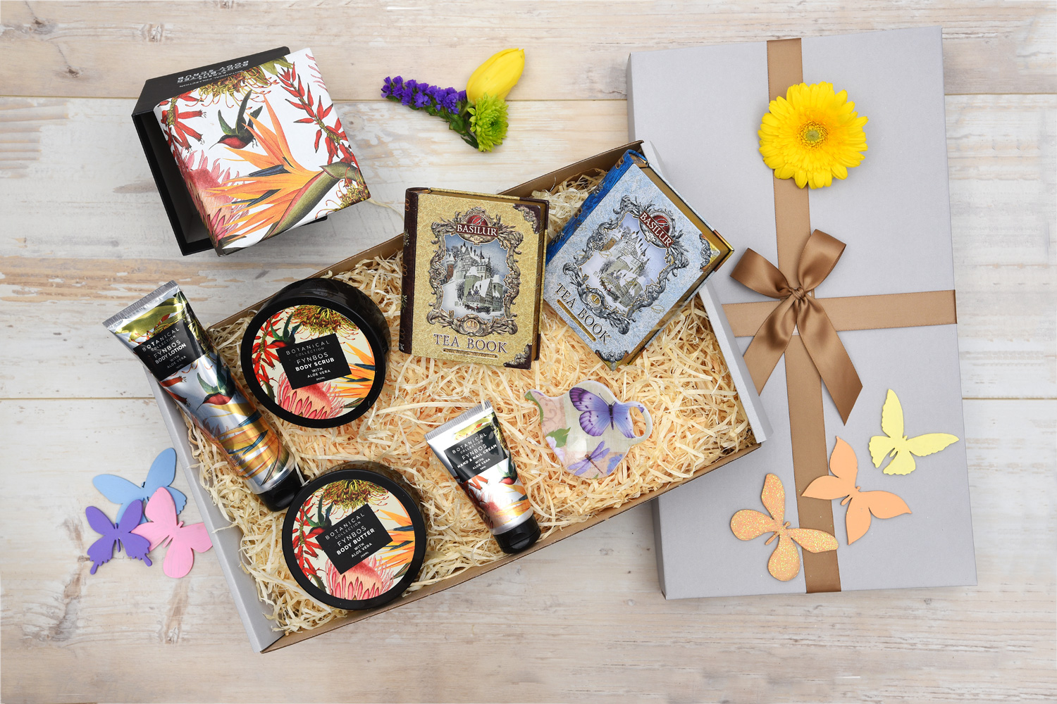 Fynbos Pamper Hamper & Tea Gift | Hamper World