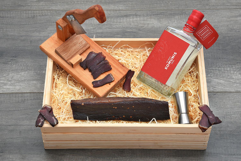 Stunning Vodka & Biltong Cutter Crate | Hamper World