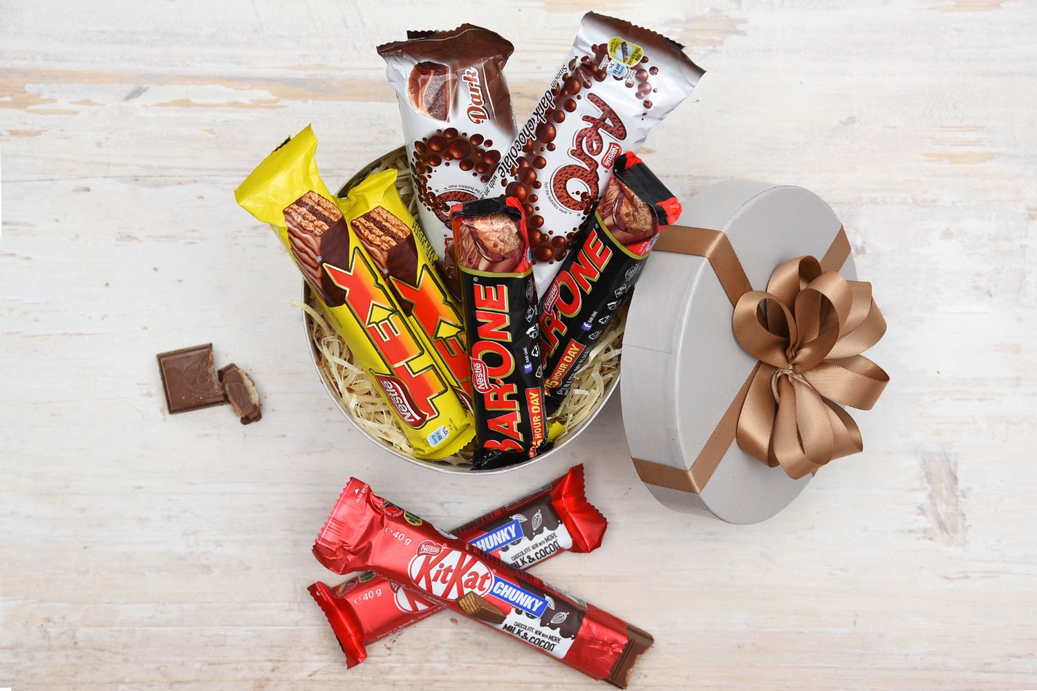 Nestle Lovers Hat Box - Nestle Chocolates | Hamper World