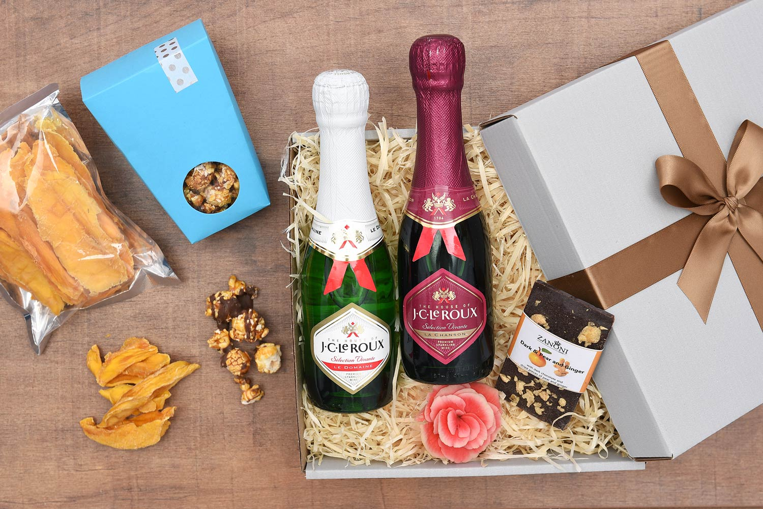 Double Bubbly with Chocolate & Fruit Gift | Hamper World