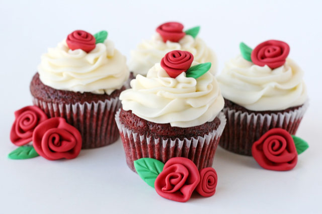 Cupcakes for Corporates | Gifts & Hampers For All Occasions | Hamper World
