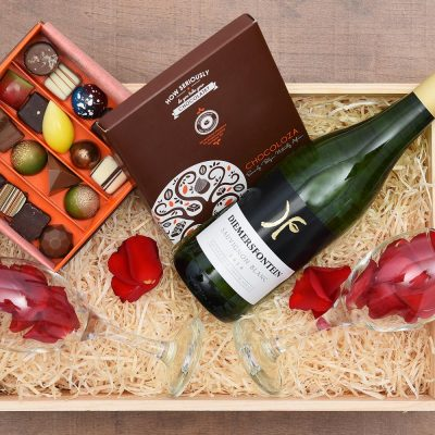 Diemersfontein White Wine & Chocoloza Gift Hamper | Hamper World
