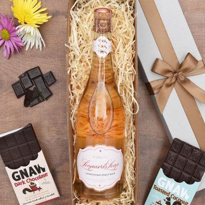 Leopard's Leap Sparkling Wine Gift & Chocs | Hamper World